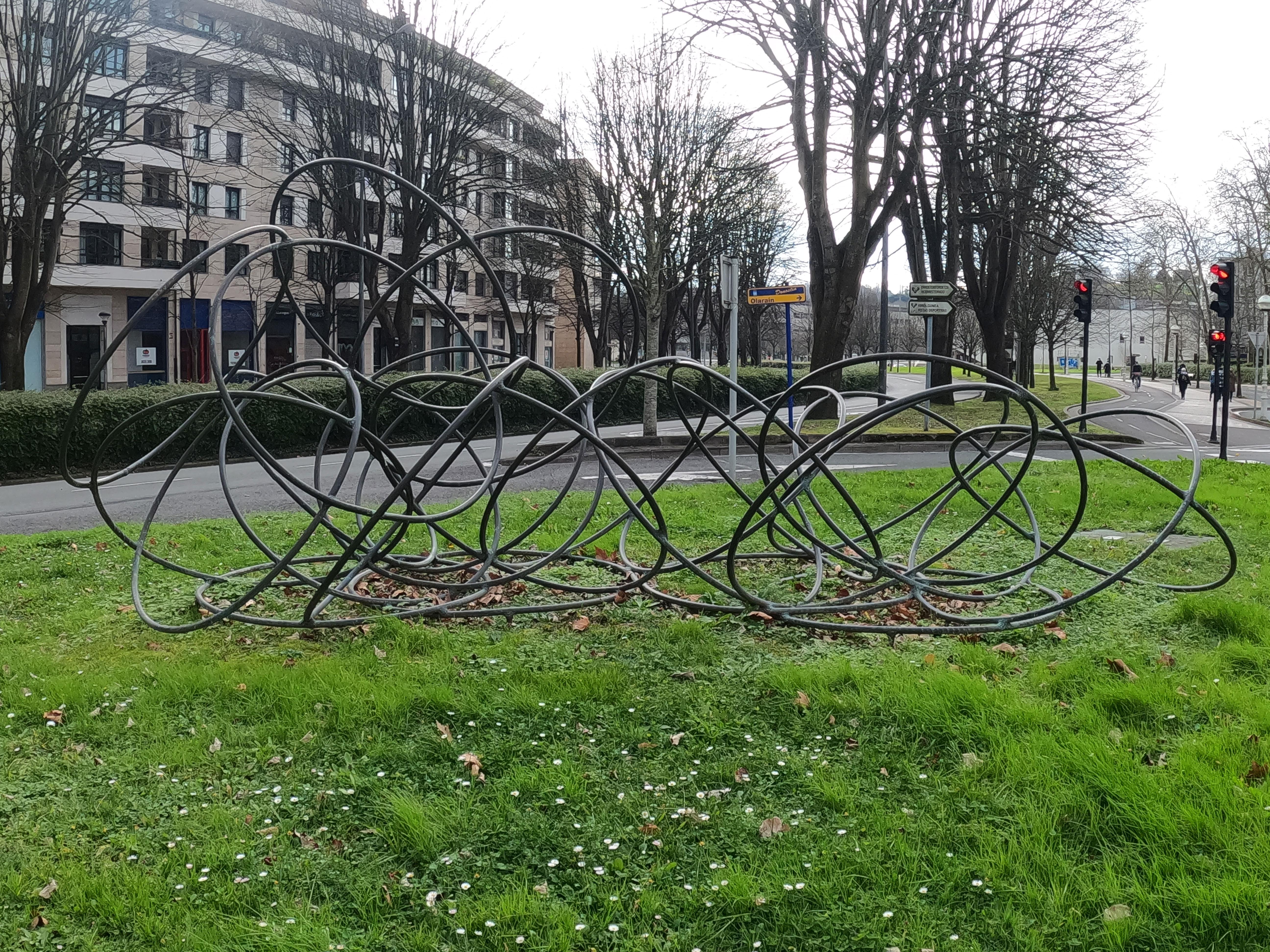 Escultura de José Zugasti Arizmendiarrieta / Desarrollo de la forma
