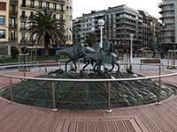 Escultura de Lorenzo Coullaut-Valera / Don Quijote y Sancho Panza