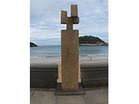Escultura de Eduardo Chillida Juantegui - Homenaje a Fleming