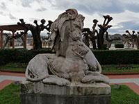 Escultura de Antonio Frilli / Leones